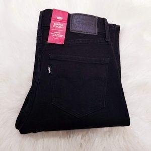 NWT Levi's 314 Shaping Straight Leg Black Jeans